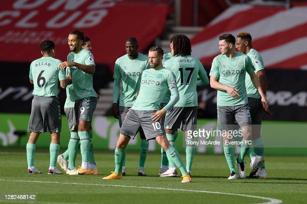 Gylfi Sigurdsson Dominic CalvertLewin Michael Keane and team mates before the Premier League match between Southampton and Everton at St Mary's...