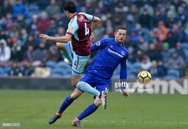 Gylfi Sigurdsson of Everton and Jack Cork challenge for the ball during the Premier League match between Burnley and Everton at Turf Moor on March 3...