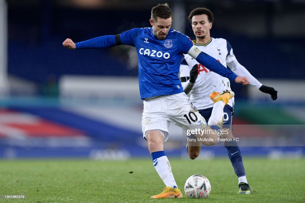 Everton v Tottenham Hotspur: The Emirates FA Cup Fifth Round : News Photo