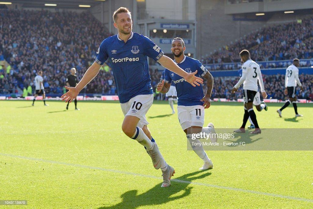 Everton v Fulham - Premier League : News Photo