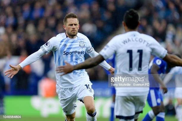 Gylfi Sigurdsson of Everton celebrates his goal during the Premier League match between Leicester City and Everton at the King Power Stadium on...