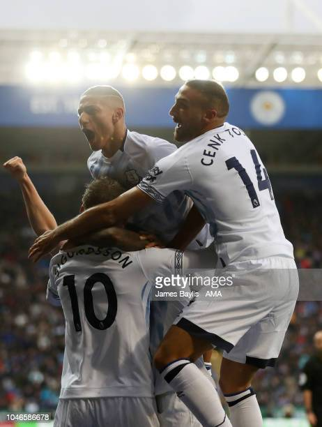 Gylfi Sigurdsson of Everton celebrates with his team mates after scoring a goal to make it 12 during the Premier League match between Leicester City...
