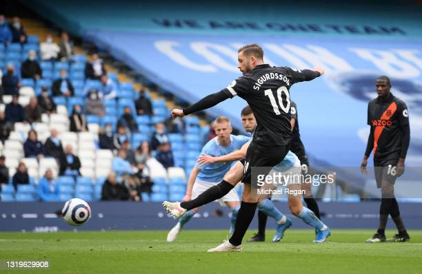 Gylfi Sigurdsson of Everton misses a penalty during the Premier League match between Manchester City and Everton at Etihad Stadium on May 23, 2021 in...
