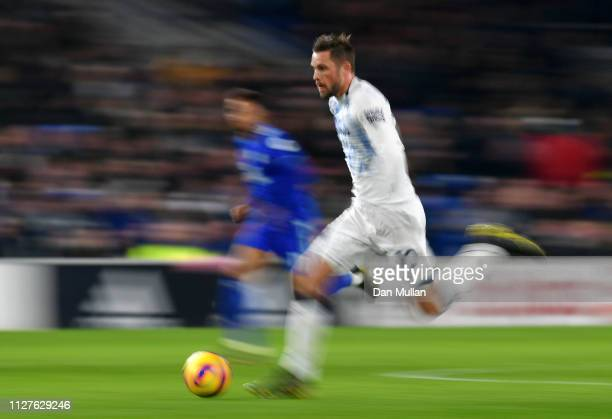 Gylfi Sigurdsson of Everton runs with the ball during the Premier League match between Cardiff City and Everton FC at Cardiff City Stadium on...