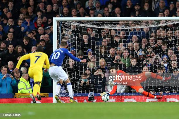 Gylfi Sigurdsson of Everton takes and misses a penalty during the Premier League match between Everton FC and Chelsea FC at Goodison Park on March 17...