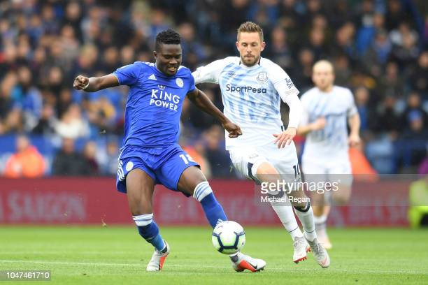 Gylfi Sigurosson of Everton in action with Daniel Armarty of Leicester during the Premier League match between Leicester City and Everton FC at The...