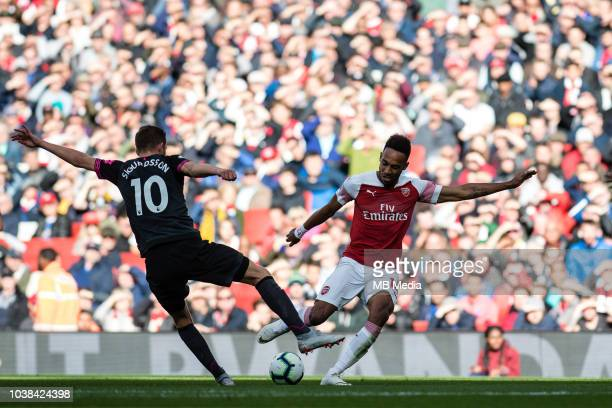 Gylfi Sigurðsson of Everton and PierreEmerick Aubameyang of Arsenal during the Premier League match between Arsenal FC and Everton FC at Emirates...