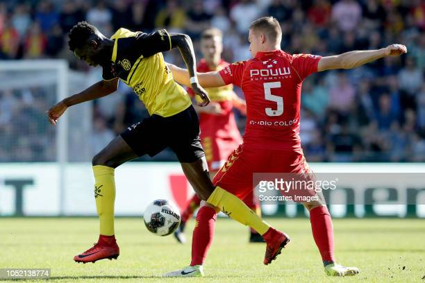 Gyliano van Velzen of Roda JC Roland Baas of Go Ahead Eagles during the Dutch Keuken Kampioen Divisie match between Go Ahead Eagles v Roda JC at the...
