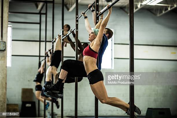 gym - class doing pull ups - dansstudio stock pictures, royalty-free photos & images