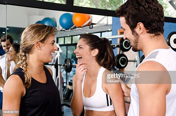gym friends having fun - pep talk stock pictures, royalty-free photos & images