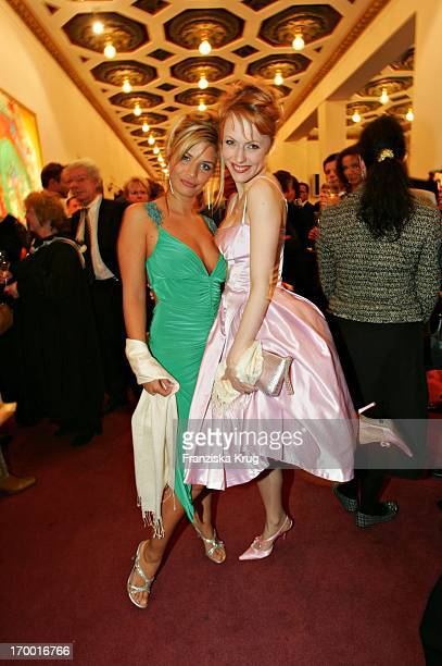 Gzsz Stars Vl Susan Sideropoulos And Natalie Alison at The Premiere Of The Musicals The 3 Musketeers at Theater des Westens in Berlin