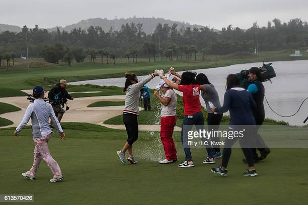 Ha Na Jang celebrates on the 18th green after winning the competition in the Fubon Taiwan LPGA Championship on October 9 2016 in Taipei Taiwan