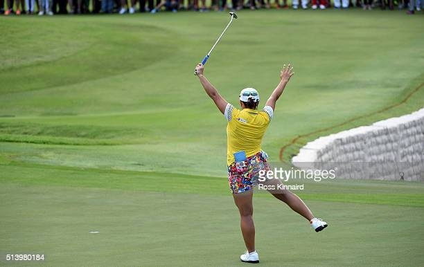 Ha Na Jang of South Korea celebrates after the final round of HSBC Women's Champions at the Sentosa Golf Club on March 6 2016 in Singapore Singapore