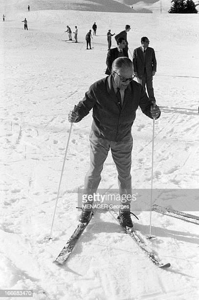Habib Bourguiba Skiing SUISSE 1961 Le président tunisien Habib BOURGUIBA aux sports d'hiver