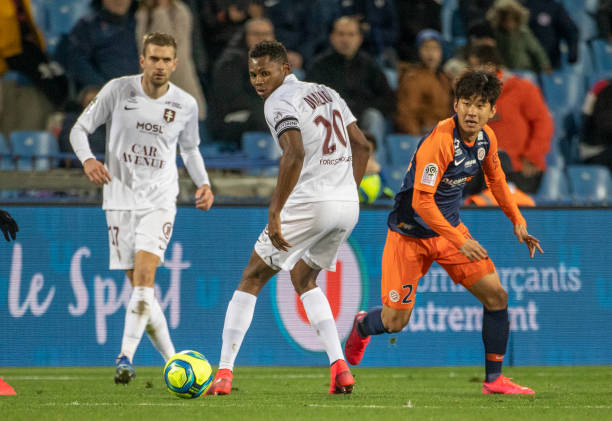 MHSC -EQUIPE DE MONTPELLIER -LIGUE1- 2019-2020 - Page 5 Habib-diallo-of-metz-watches-a-pass-from-illok-yun-of-montpellier-picture-id1204293508?k=6&m=1204293508&s=612x612&w=0&h=QtJ5HX3ljyByJQs5mkPFdMl46ToYFc3Mrhpli3LsWCw=