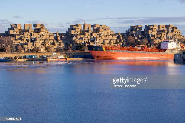 habitat 67, montreal, quebec, canada - 1967 stock pictures, royalty-free photos & images