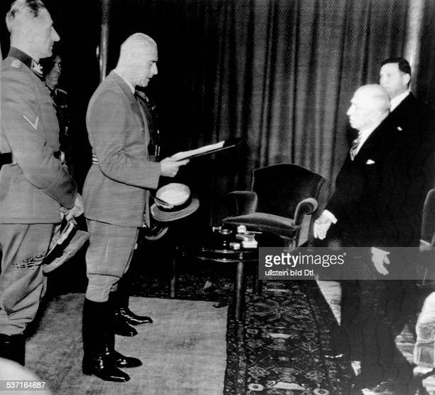 Hacha Emil Politician Czechoslovakia President of Czechoslovakia from 1938 to 1945 Dr Wilhelm Frick Reichsminister Karl Hermann Frank delivering...