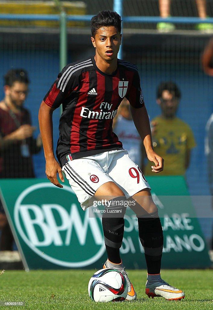 AC Milan v Legnano - Preseason Friendly : News Photo