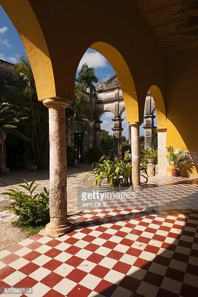 hacienda yaxopoil in merida, mexico - メリダ ストックフォトと画像