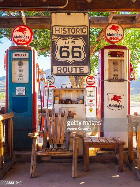 hackberry general store on route 66 in kingman, arizona - gift shop stock pictures, royalty-free photos & images
