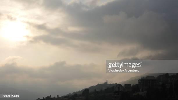 hadchit as seen from bsharre, lebanon - argenberg bildbanksfoton och bilder