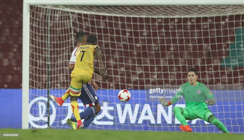 Hadji Drame of Mali scores a goal during the FIFA U-17 World Cup India 2017 group B match between Paraguay and Mali at Dr DY Patil Cricket Stadium on October 6, 2017 in Mumbai, India.