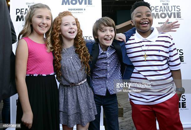 Hadley Belle Miller Francesca Capaldi Noah Schnapp and Mar Mar attend the premiere of 20th Century Fox's 'The Peanuts Movie' at Pier 39 on October 19...