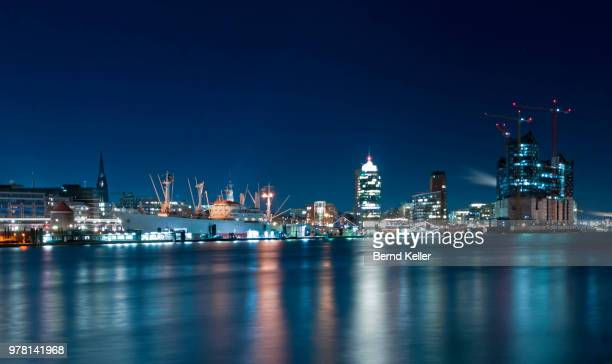 hafen nacht - nacht stock pictures, royalty-free photos & images