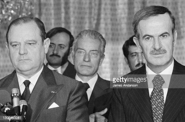Hafez el-Assad et Le Premier Ministre Raymond Barre en voyage officiel en Syrie
