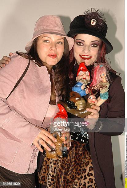 Hagen Nina Musician Singer Punk rock Germany with daughter Cosma Shiva Hagen on the occassion of the movie premiere of 7 Zwerge
