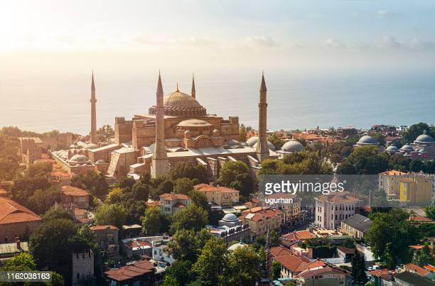 hagia sophia and sultan ahmet district in istanbul. - hagia sophia istanbul foto e immagini stock