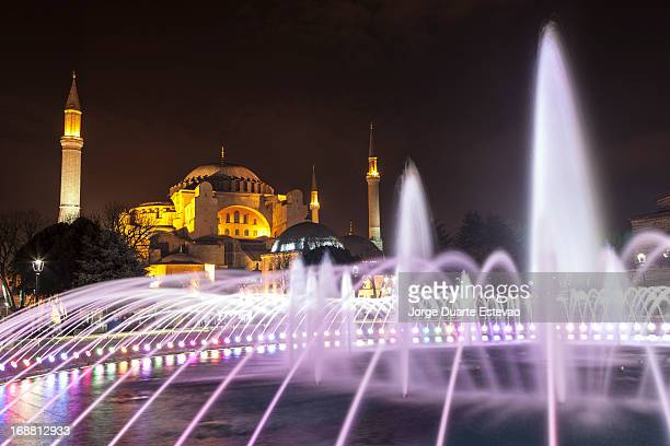 hagia sophia at night in istanbul - jorge duarte estevao stock pictures, royalty-free photos & images