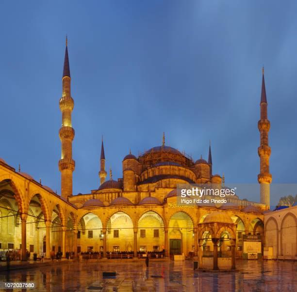 hagia sophia at night, istambul, marmara, turkey. - hagia sophia stock-fotos und bilder