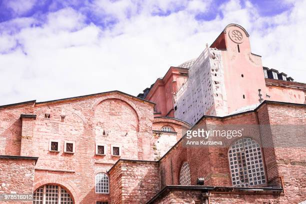 hagia sophia mosque in sultanahmet district in istanbul, turkey. structure built under order of justinian, and later turned into a mosque. image with copy space. - sofia rose stock photos and pictures