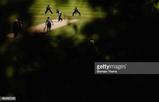 Haidee Tiffen of New Zealand bats during the ICC Women`s World Cup 2009 Super Six match between New Zealand and Pakistan at Drummoyne Oval on March...