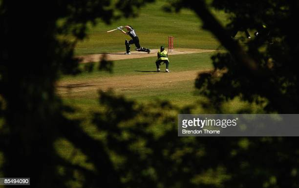 Haidee Tiffen of New Zealand plays a shot during the ICC Women`s World Cup 2009 Super Six match between New Zealand and Pakistan at Drummoyne Oval on...
