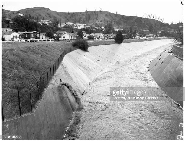 Hail storm near Arroyo Seco Parkway and Avenue 43, 13 January 1952.Arroyo Seco Parkway & Avenue 43; Los Angeles; California; USA.