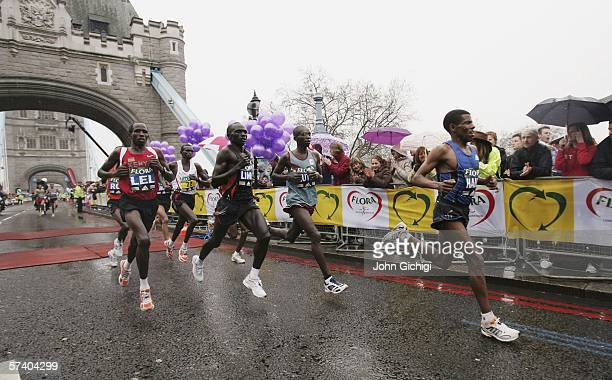 Haile Gebrselassie leads the elite men over Tower Bridge during the 2006 Flora London Marathon on April 23 2006 in London England