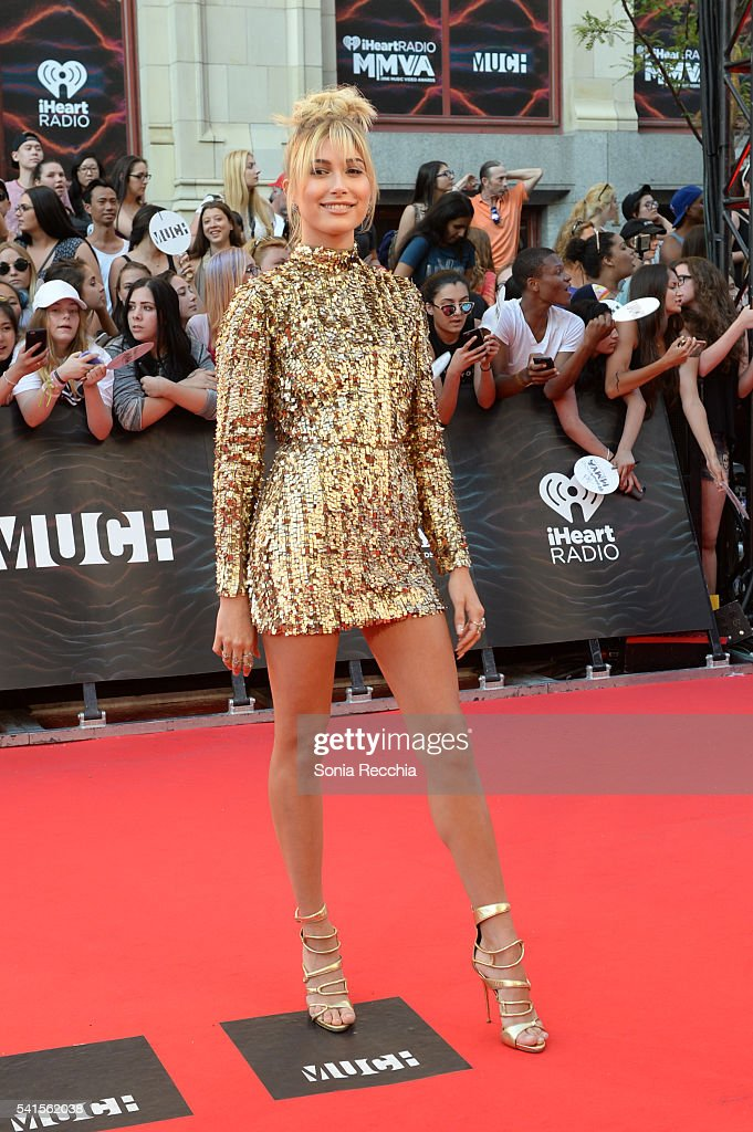 Hailey Baldwin arrives at the 2016 iHeartRADIO MuchMusic Video Awards at MuchMusic HQ on June 19, 2016 in Toronto, Canada.