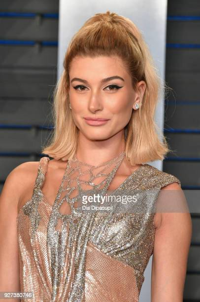 Hailey Baldwin attends the 2018 Vanity Fair Oscar Party hosted by Radhika Jones at Wallis Annenberg Center for the Performing Arts on March 4, 2018...