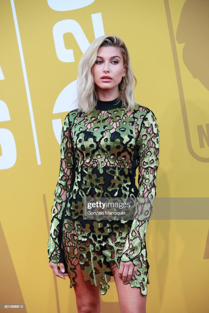 Hailey Rhode Baldwin attends the 2017 NBA Awards at Basketball City - Pier 36 - South Street on June 26, 2017 in New York City.