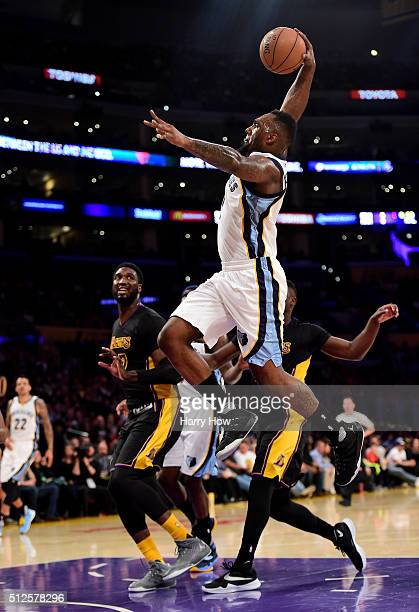J Hairston of the Memphis Grizzlies scores on a dunk during the first half against the Los Angeles Laker at Staples Center on February 26 2016 in Los...