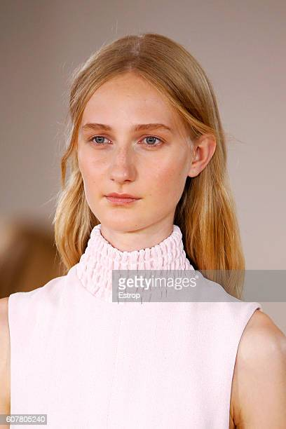 Hairstyle detail at the Emilia Wickstead show during London Fashion Week Spring/Summer collections 2017 on September 17 2016 in London United Kingdom