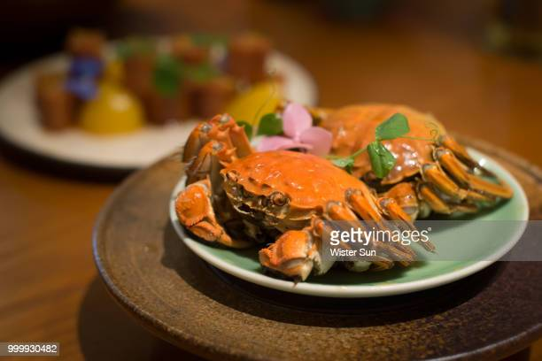 hairy crab - blue crab stock photos and pictures