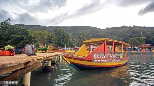 haiti, pier at labadee village - paisajes de haiti fotografías e imágenes de stock