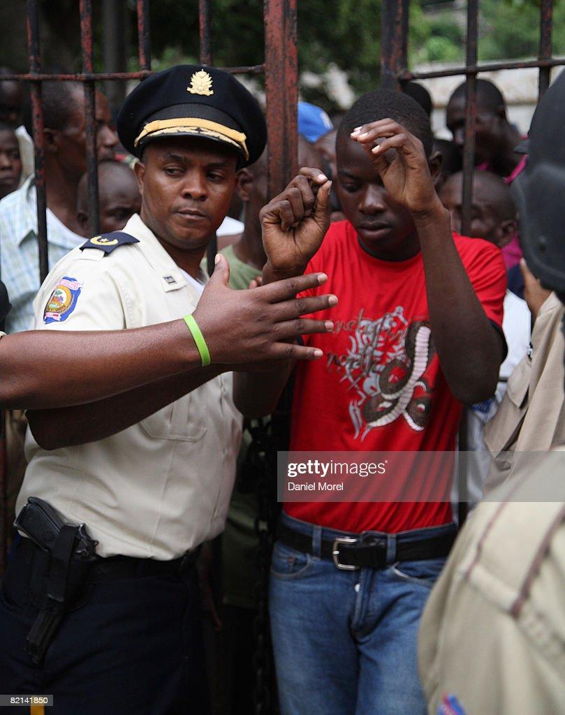 Whores in Cap-Haitien