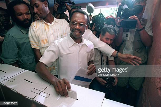 HTI: 16th December 1990 - Jean-Bertrand Aristide Elected As President Of Haiti