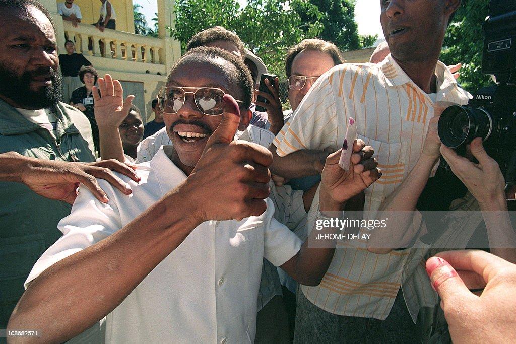 Aristide Votes : Nieuwsfoto's