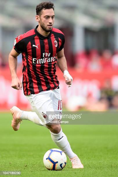 Hakan Calhanoglu of AC Milan in action during the Serie A football match between AC Milan and AC ChievoVerona AC Milan won 31 over AC ChievoVerona