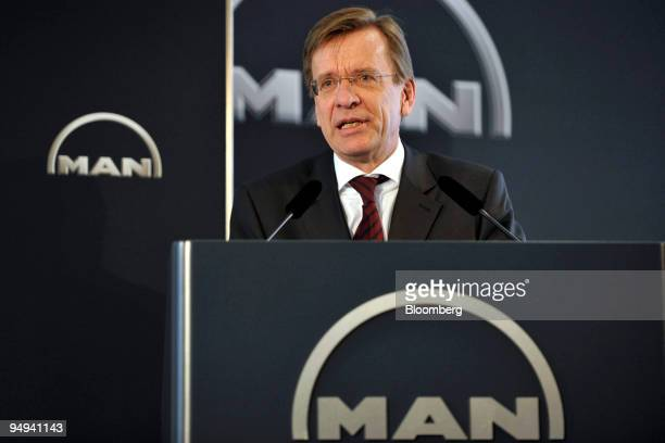 Hakan Samuelsson chief executive officer of MAN AG speaks at the presentation of the company's 2008 results in Munich Germany on Thursday Feb 19 2009...
